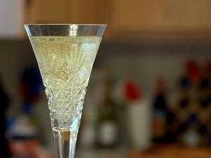 Champagne_bubbles